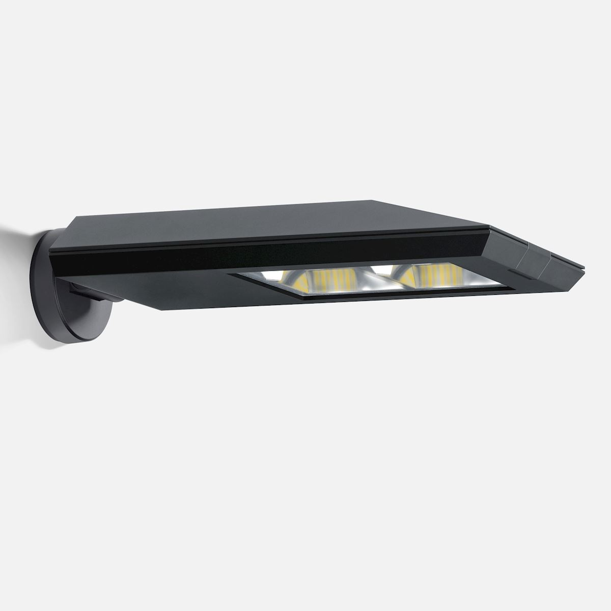 Area/roadway wall luminaire